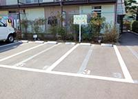 病院横駐車場 (2台)